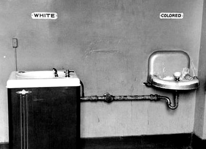 white_black_lavabo_01